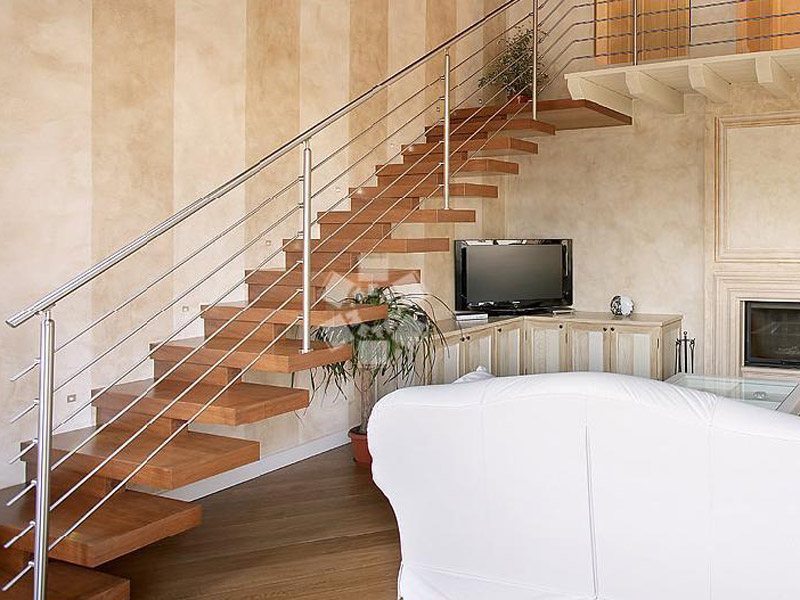 BRESCIA MODEL - Railing with Steel Round Bar