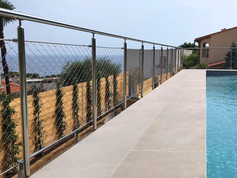 IMPERIA MODEL - Railing with Steel Round Bar